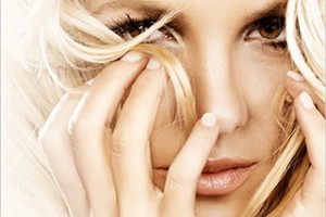 "SINGLE REVIEW: Britney Spears' ""Hold It Against Me"""