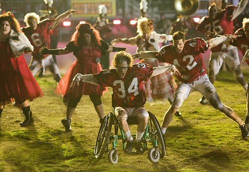 Glee Thriller/Heads Will Roll