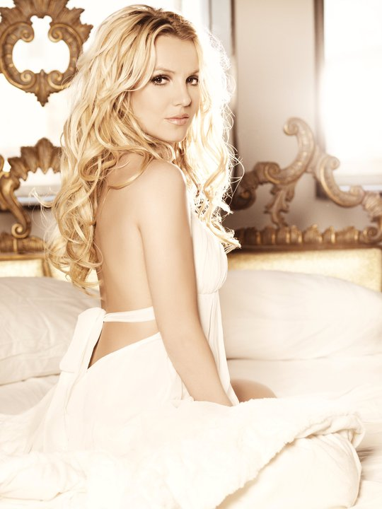 Britney Spears Femme Fatale Deluxe Edition