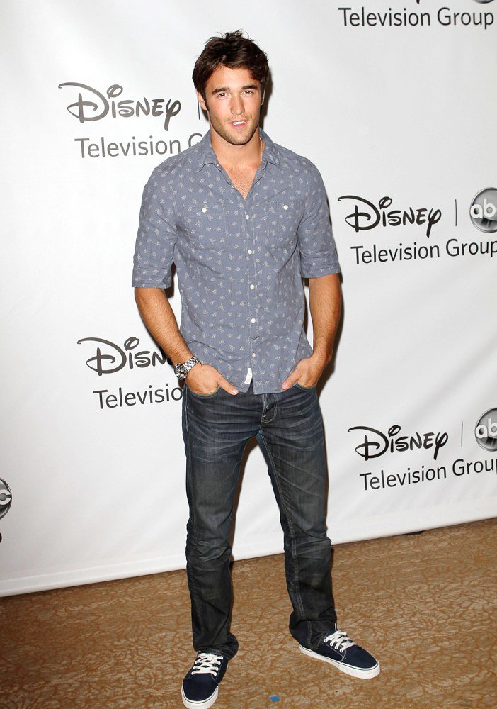 Man Crush of the Day: 'Revenge' actor Joshua Bowman | THE ...