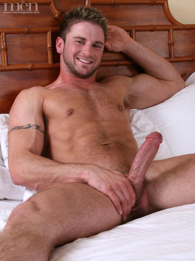 Gay muscular men having sex porn