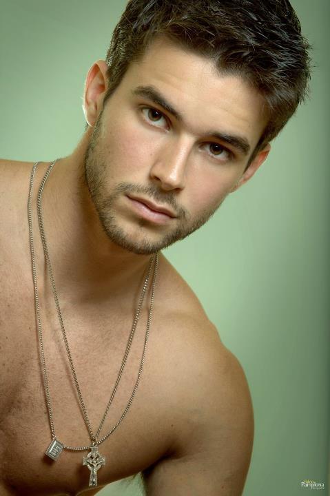 Man Crush Of The Day: Model Bernardo Velasco