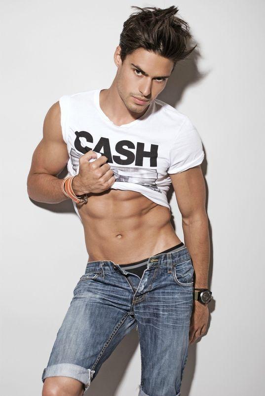Alex Bechet | Male Model