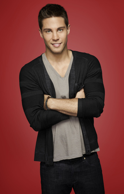 Man Crush of the Day: Glee actor Dean Geyer | THE MAN