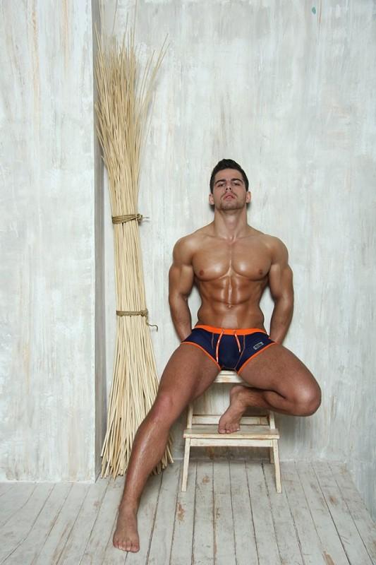 Roman Dowidoff | ES Collection