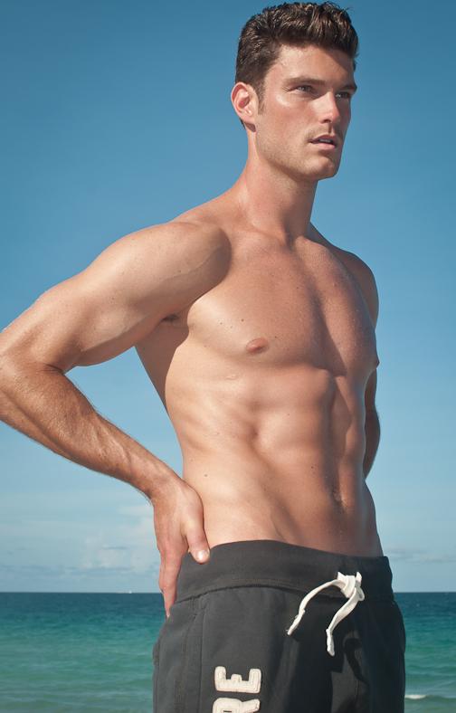 Nathan Voronyak | Male Model