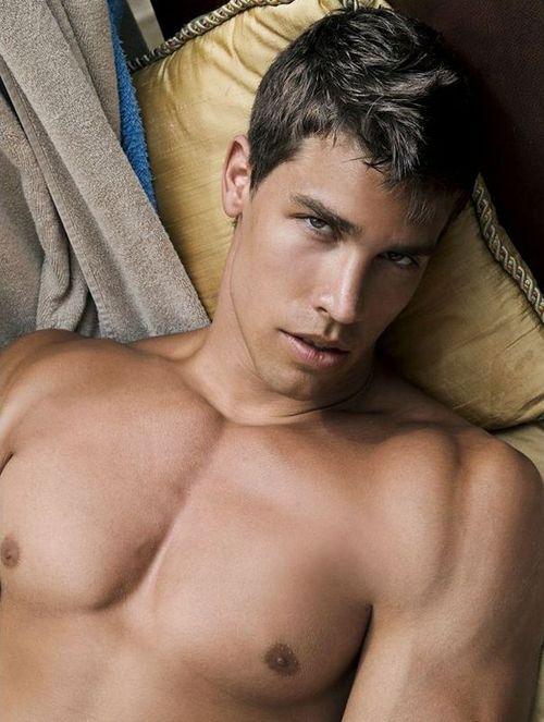 Kris Evans | Gay Porn
