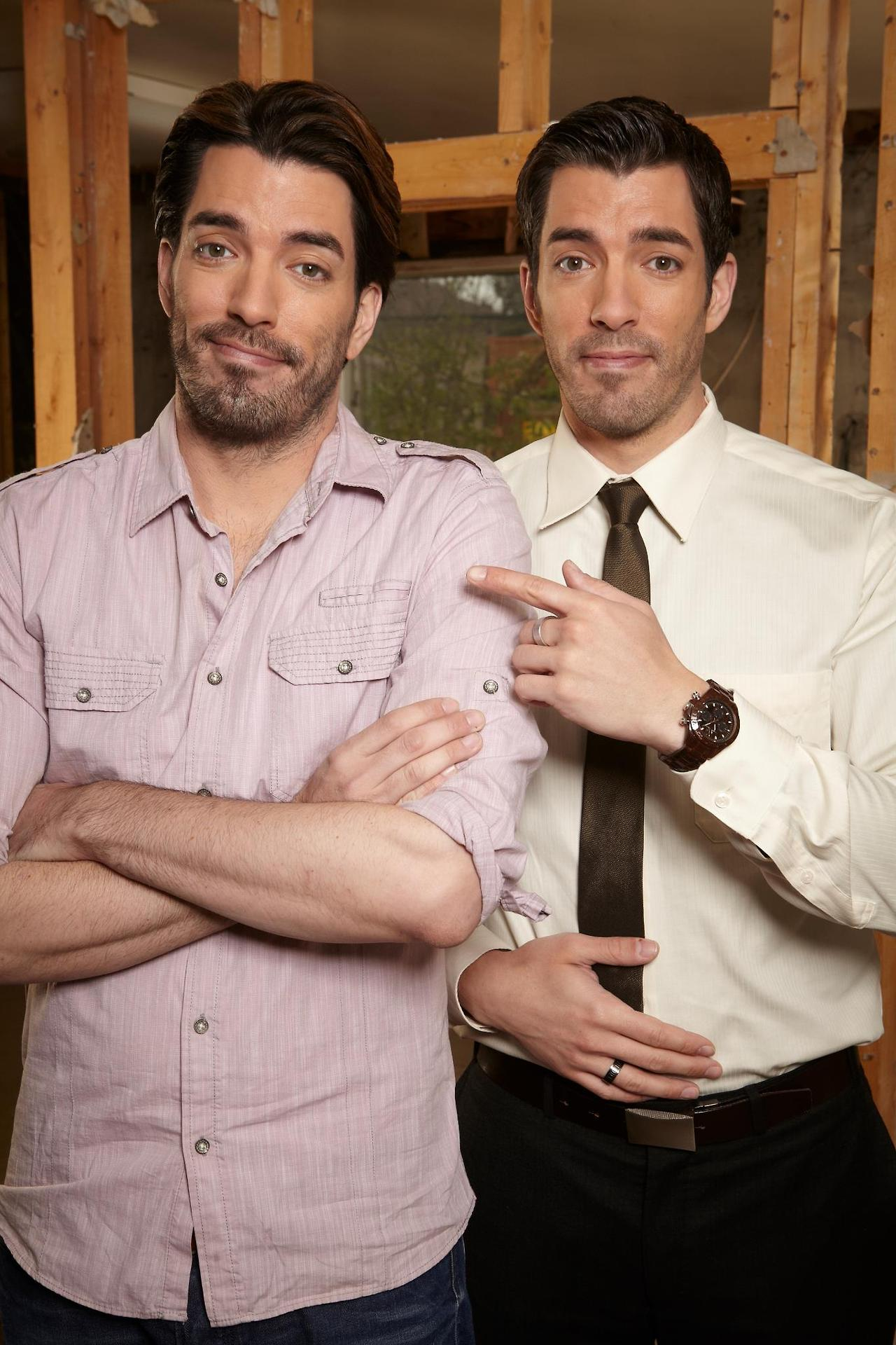 Man crush of the day jonathan and drew scott the man Drew jonathan property brothers