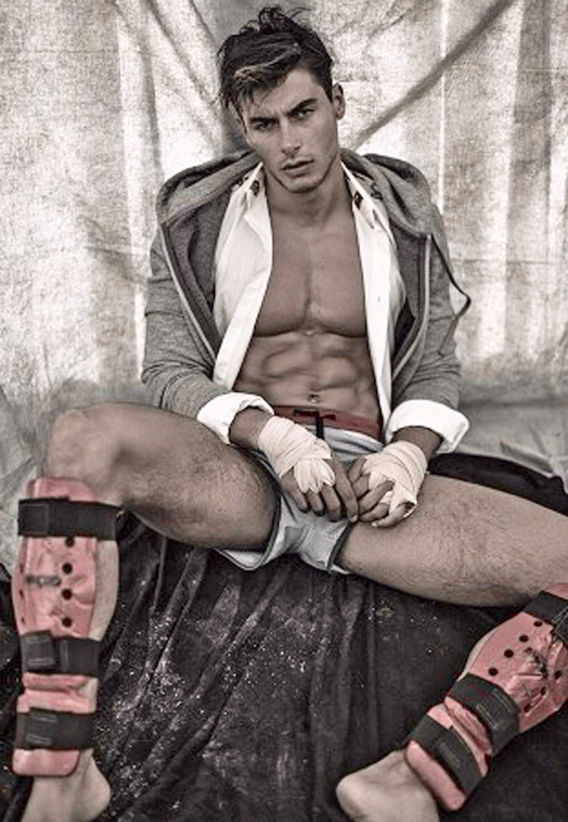 """CHECK OUT THE HOT ITALIAN MODEL ANDREA DENVER HE`S 6'2"""" TALL, 32 ..."""