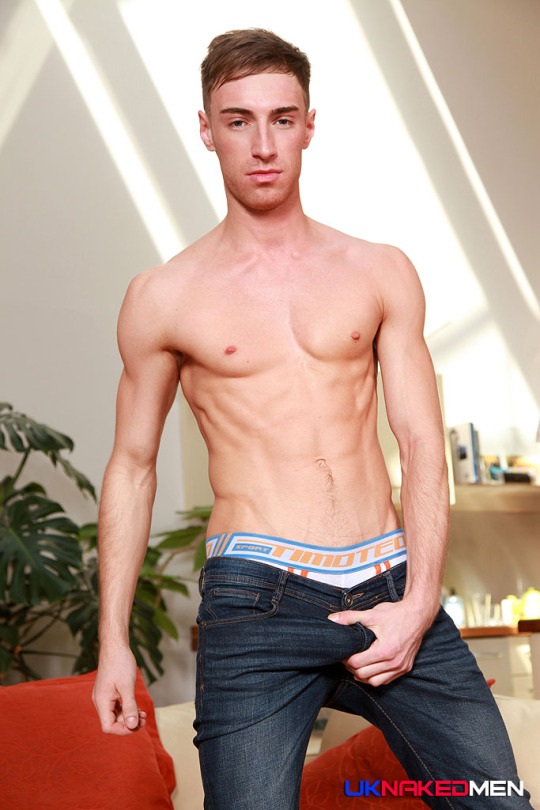 Kayden Gray | Man Crush Blog Interview